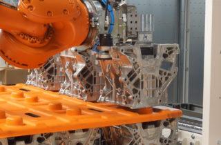 Robotic palletization, conveyors and linear manipulator
