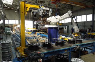 Robotická depaletizace ráfků kol
